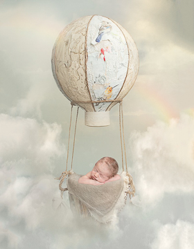 Newborn photography Huntsville AL image of baby in a hot air balloon by Ellen Adams Photography